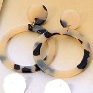 🆕️2×$26👑 Boho Earrings Tortoise Statement 👑